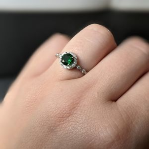 Ring Size 8 Green Emerald Color NWT fragrant jewel